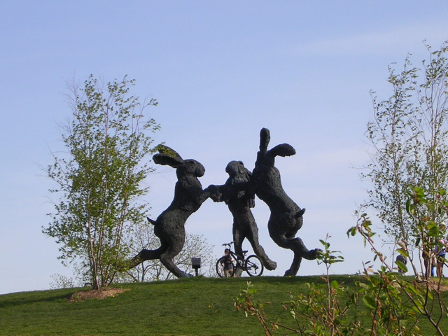 Ballantrae sculpture Dublin OH