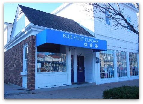 Blue Frost Cupcake and Worthington Hardware, High St, Worthington, Ohio