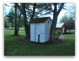 Outhouse at Everal Homestead