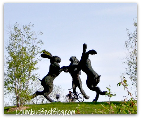 Three Hares sculpture, Dublin Ohio